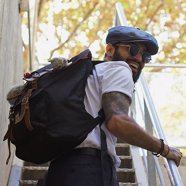 Any plans for the weekend? Just take your bag and feel free!!!🔝🖤 A disfrutar a tope de tus @hammelssunglasses 😎!!! 📸 Pic @julenatela 🙌🏾 ❌www.hammels.es❌